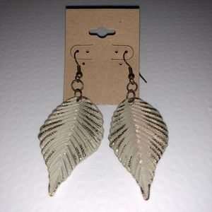 Gold tone and antique white leaf earrings!